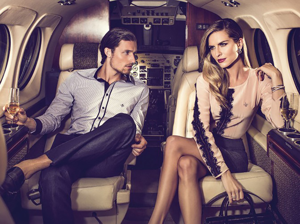Where to meet wealthy singles